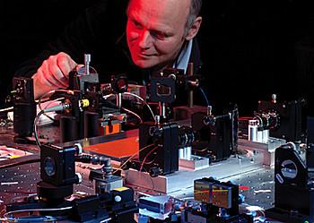 Großer Schritt zur optischen Uhr - PTB.de