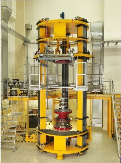 Picture of the 1.1 MN m torque standard machine at PTB